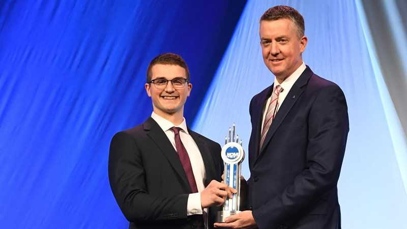 Alabama Swimmer Luke Kaliszak Honored as NCAA Today's Top Ten Award Winner