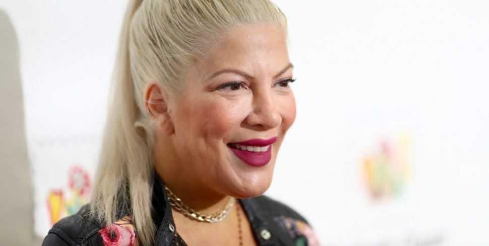 Tori Spelling Confirms '90210' Reboot With Original Cast Is in the Works