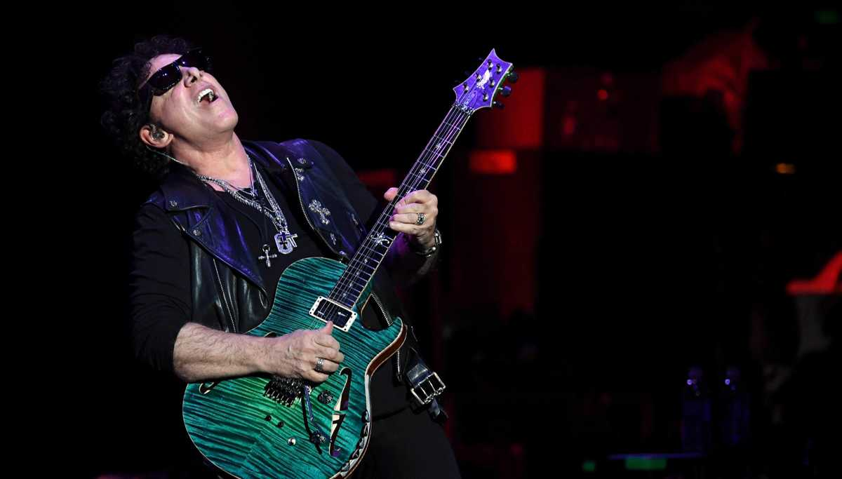 Journey's Neal Schon Thanks Fans for Support After Health Scare