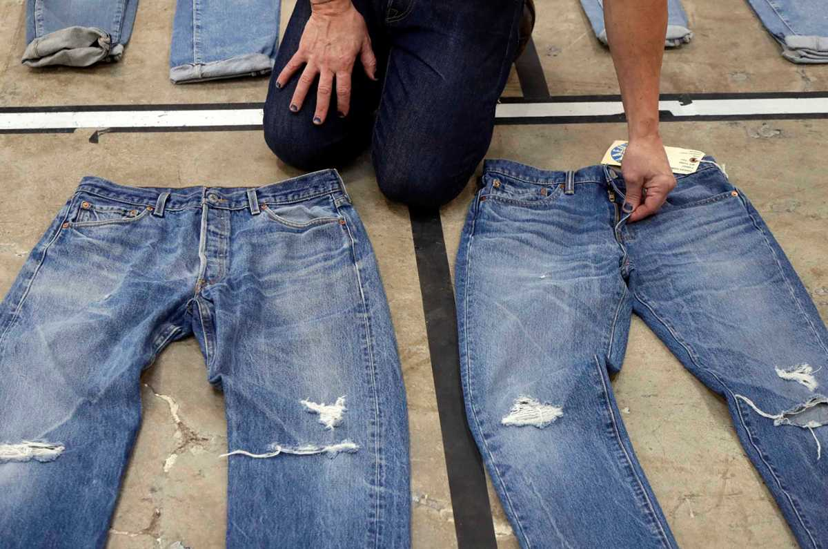 Levi Strauss plans to raise $100M in initial public offering