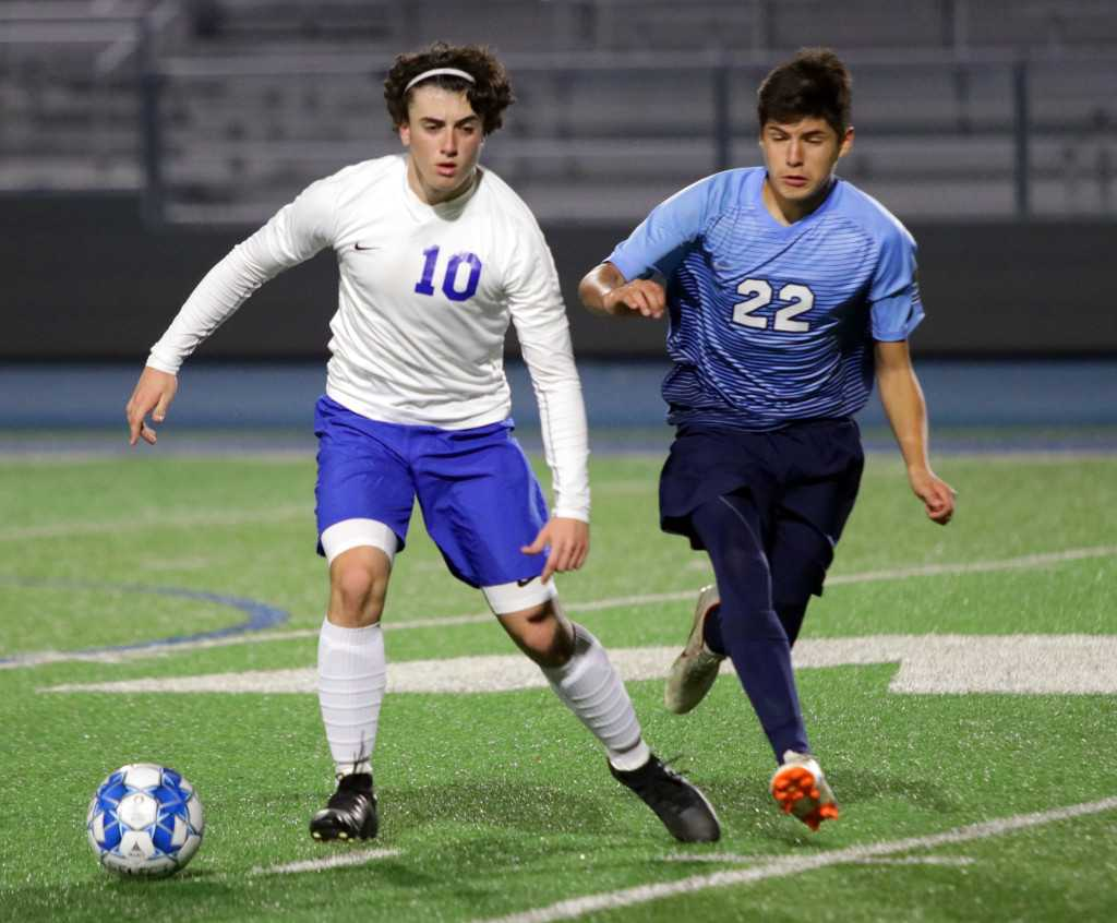 Orland boys soccer team triumphs over Las Plumas in D-II playoffs