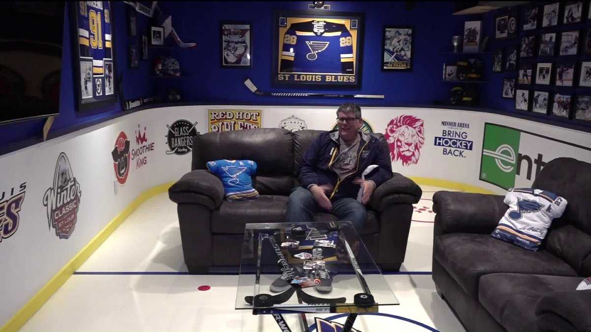 Blues super fan turns basement into ultimate viewing room