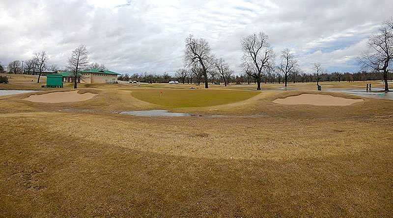 Hanse donates bunkers to First Tee of Tulsa