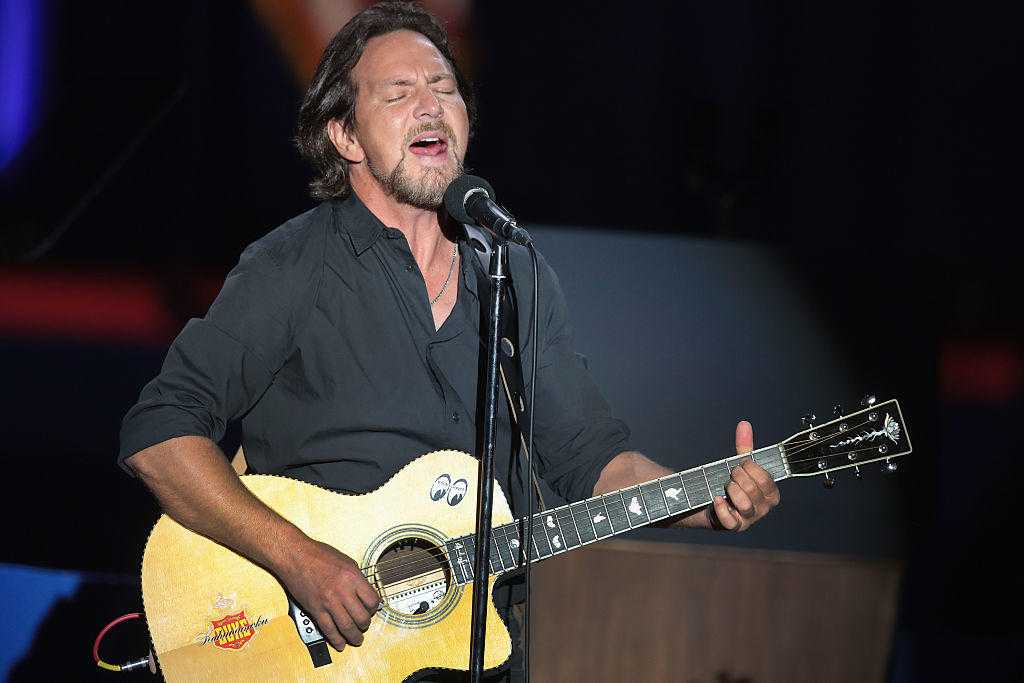 Eddie Vedder Is Embarking On A Solo Tour This Year