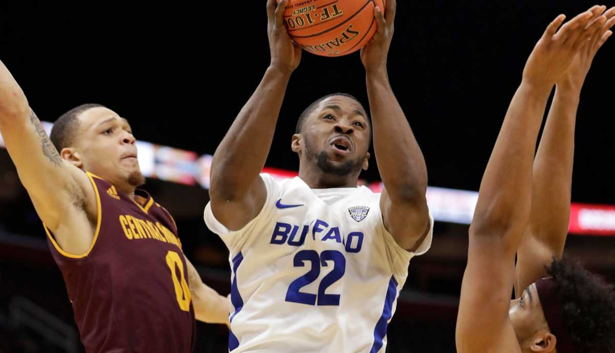 No. 18 Buffalo rallies past Central Michigan for 30th win and into MAC Tournament final