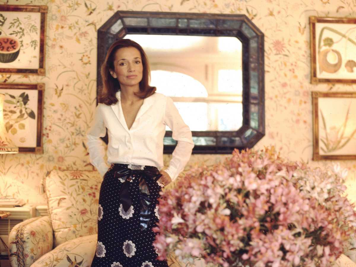 Lee Radziwill's Manhattan Apartment Hits the Market for $5.7 Million