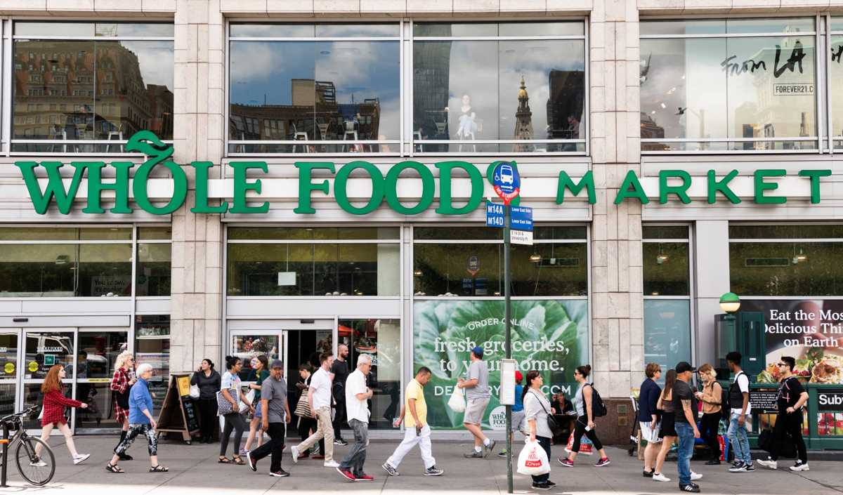 Whole Foods and Other Major Retailers Now Accept Bitcoin