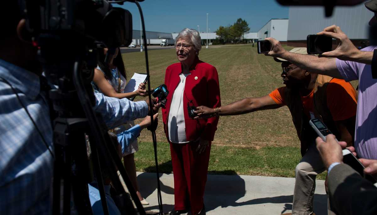 Gov. Kay Ivey signs near-total abortion ban into law