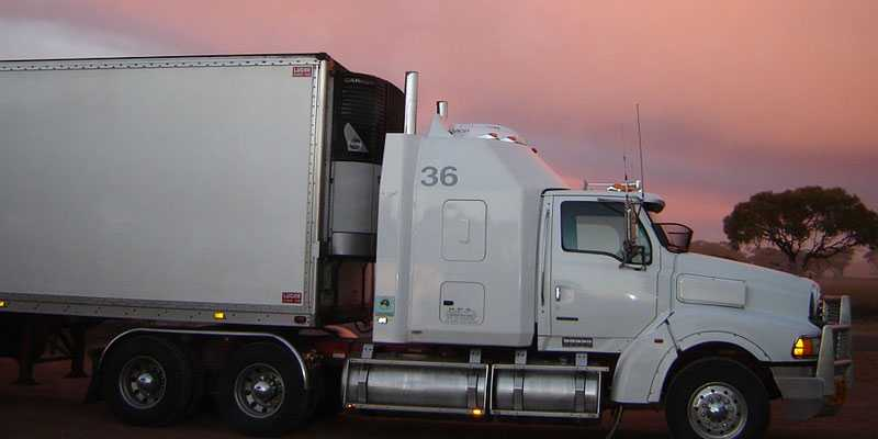 Alabama legislature passes bill to lower minimum age for commercial truck drivers