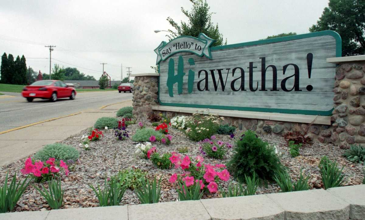 Hiawatha-based Communications Engineering Company acquires Milwaukee tech supplier