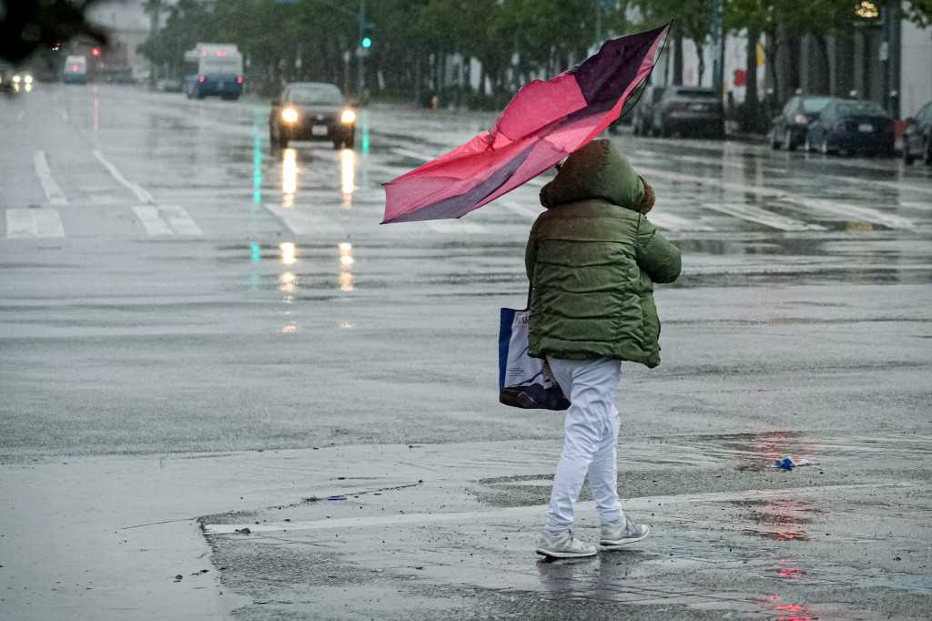 Thunderstorms and heavy downpours possible as rain hits Southern California