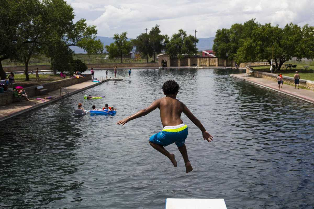 Balmorhea State Park pool still closed for repairs