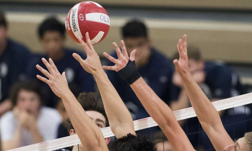Mira Costa boys volleyball avenges earlier loss to Palisades and advances to SoCal Regional final