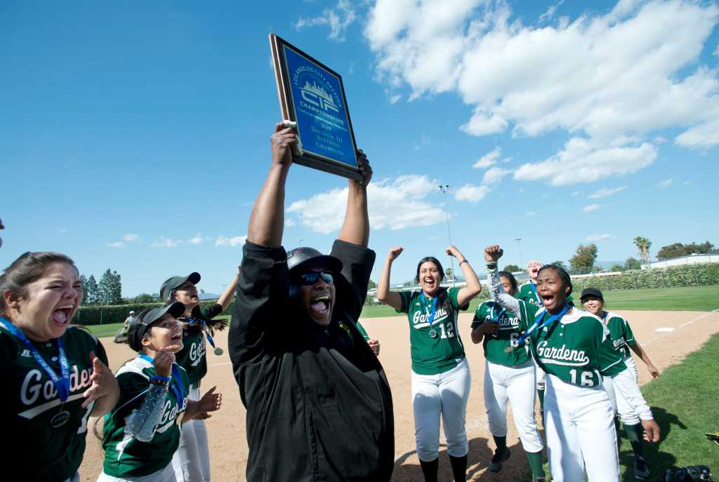 Gardena softball finds way past South East to capture Division III crown