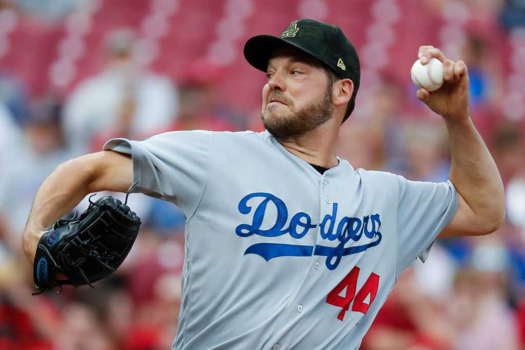 Rich Hill shuts down Reds as Dodgers offense powers up again
