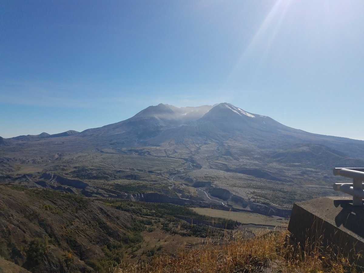 UW experts talk about volcano research on Mount St. Helens anniversary