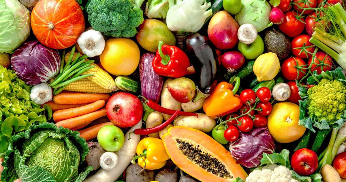 Low-fat diet with more fruits and vegetables may decrease risk of dying from breast cancer