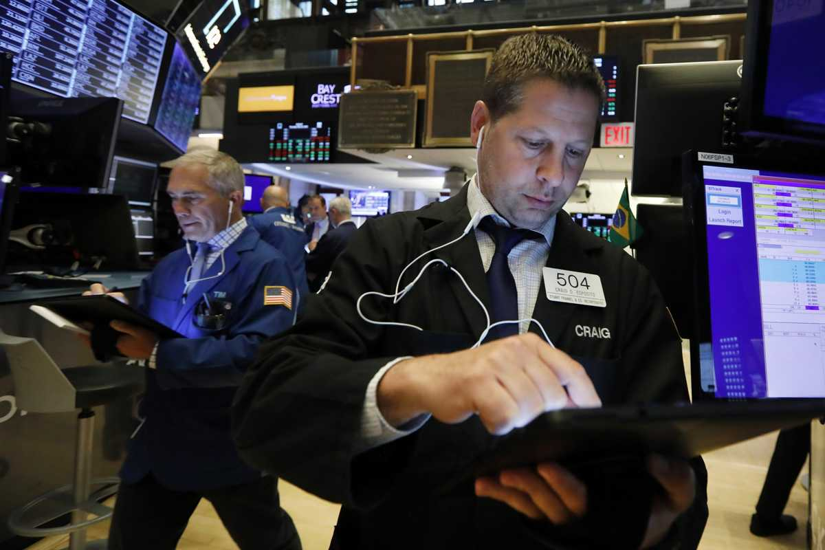 US stock market notches best week since late November
