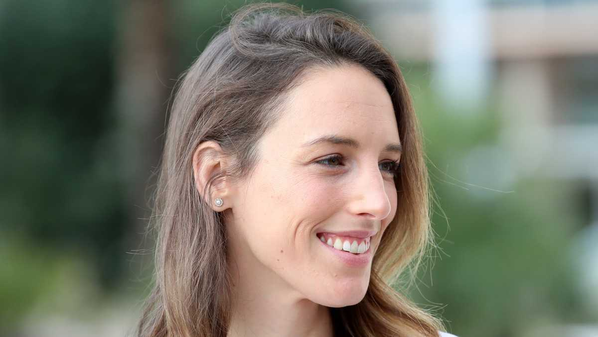 Gabriele Grunewald, pro runner who raced through treatment for rare cancer, dies at 32
