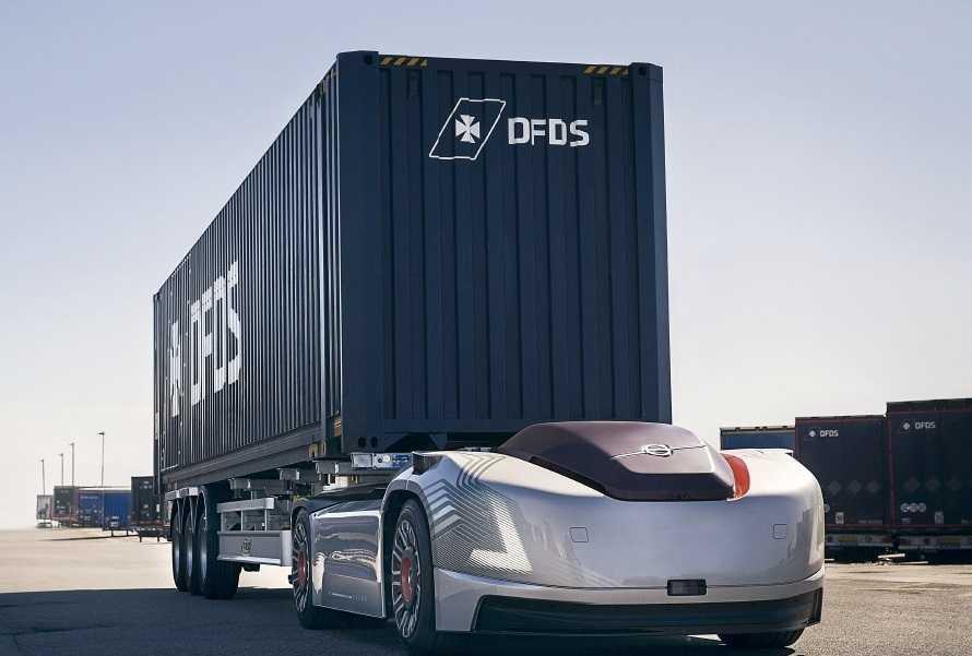 DFDS and Volvo trial autonomous trucking solution to Gothenburg port |