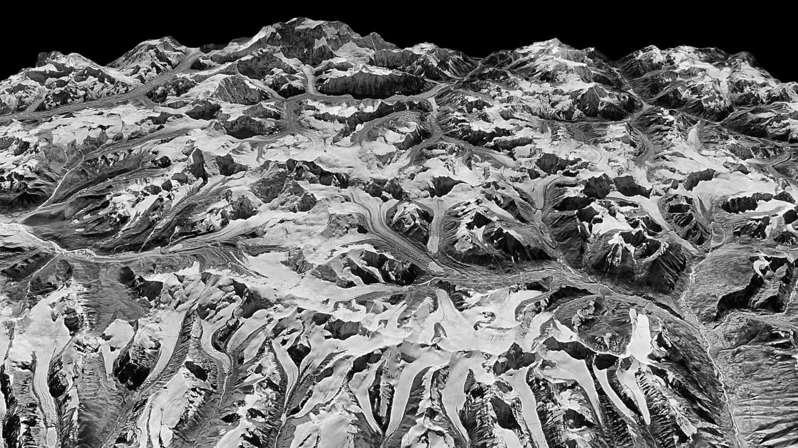 Cold War Spy Satellite Reveals Just How Fast the Himalayas Are Losing Ice