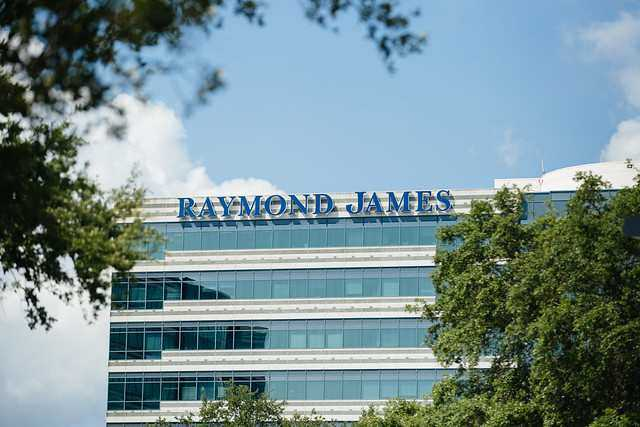 Here are seven technologies that Raymond James counts on for growth