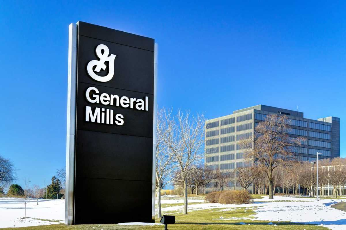 As mega-takeovers fade in food industry, General Mills strategy emerges as winner