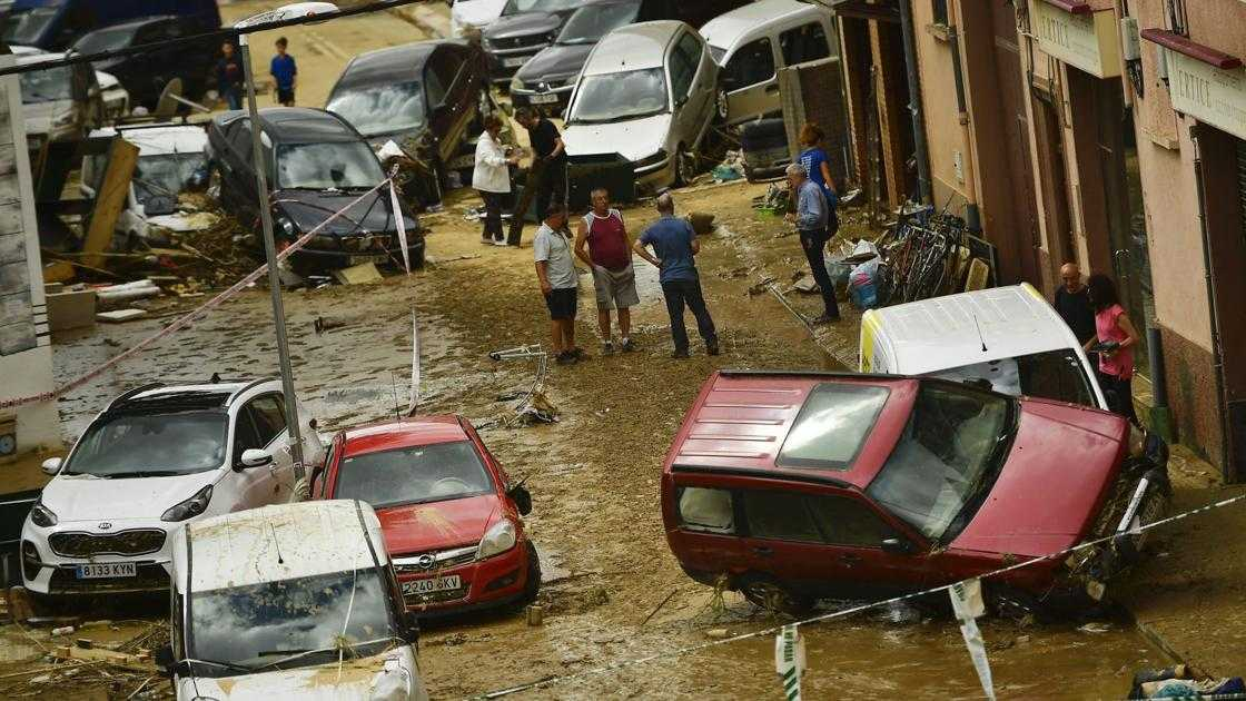 Today's top pics: Intense downpours wreak havoc in Spain and more