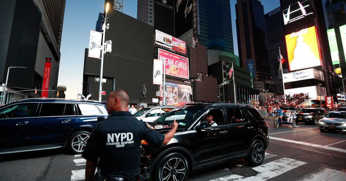 Manhattan blackout leaves 62,000 without power in New York