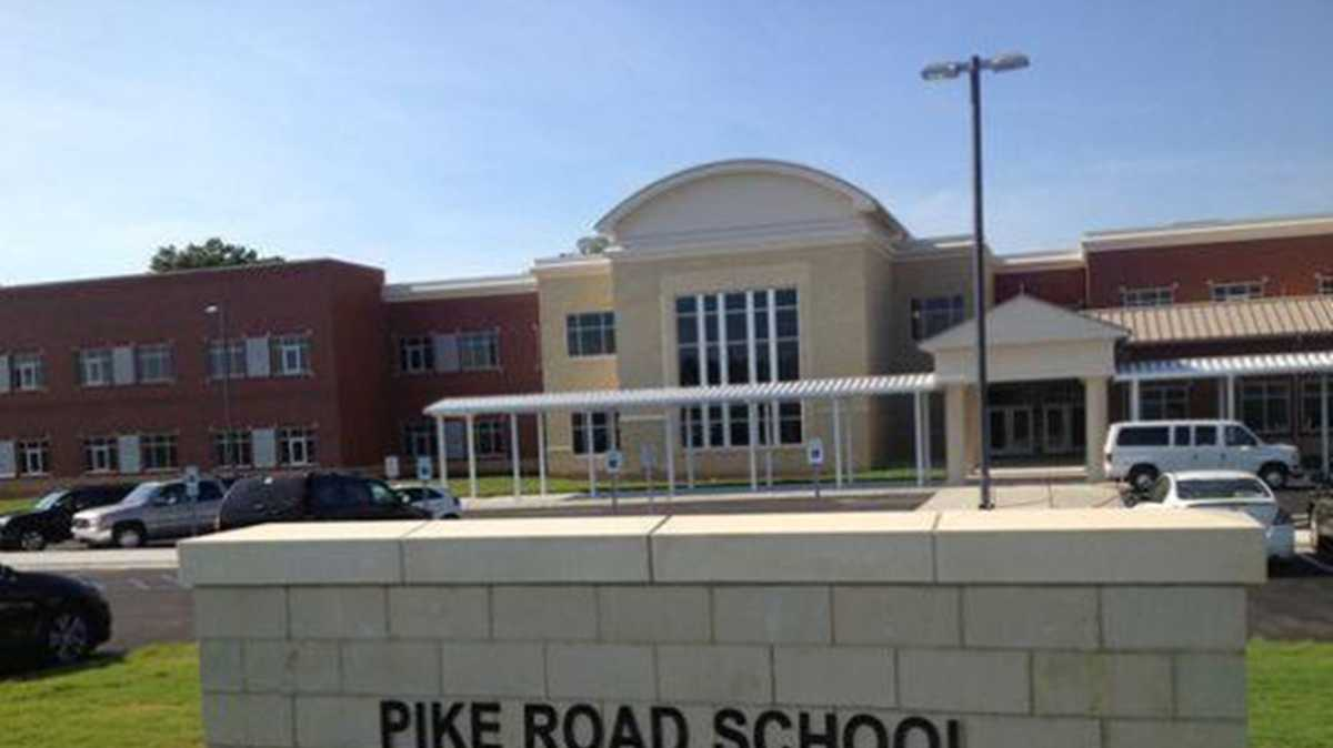 Pike Road's first senior class forging traditions for future