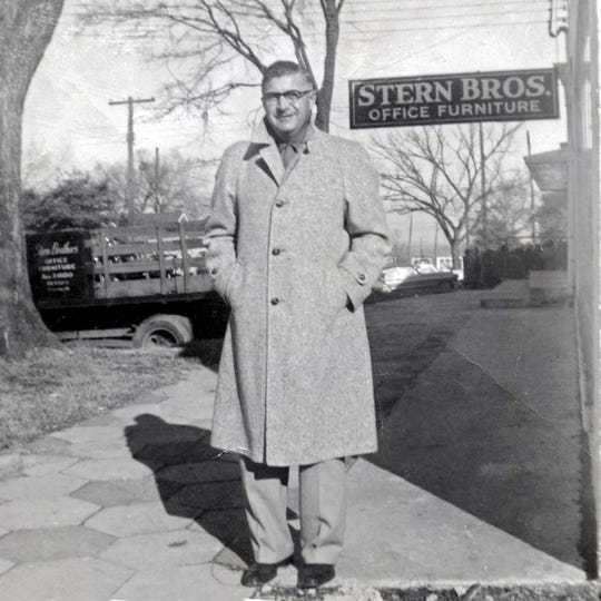 A Montgomery original: After 73 years, Stern Brothers office furniture store is no more