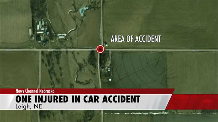 Car strikes tree in one-vehicle accident in Platte County