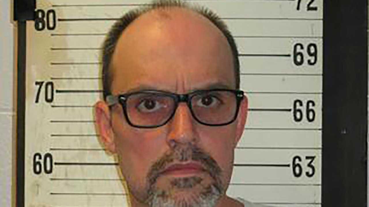 4th Tennessee death row inmate selects electric chair