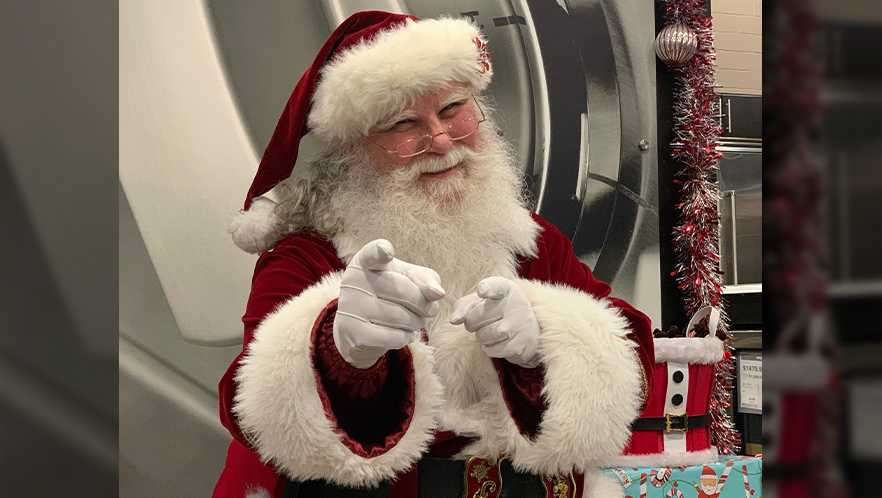 Santa's second gig is selling appliances at NH Best Buy
