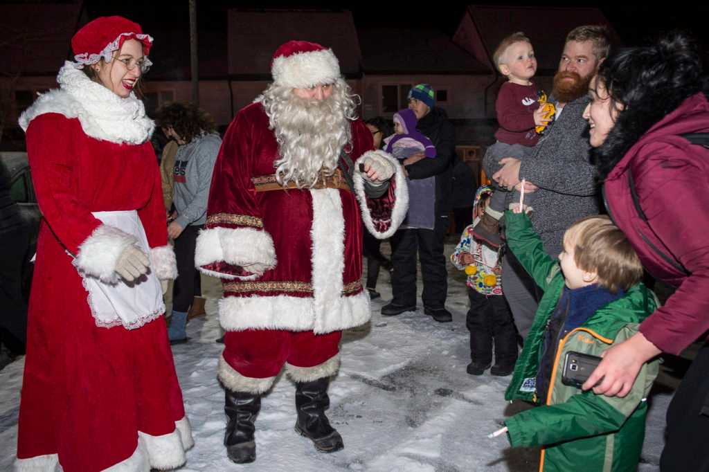 Your weekend guide: legislators hold open house, Santa comes to downtown and more