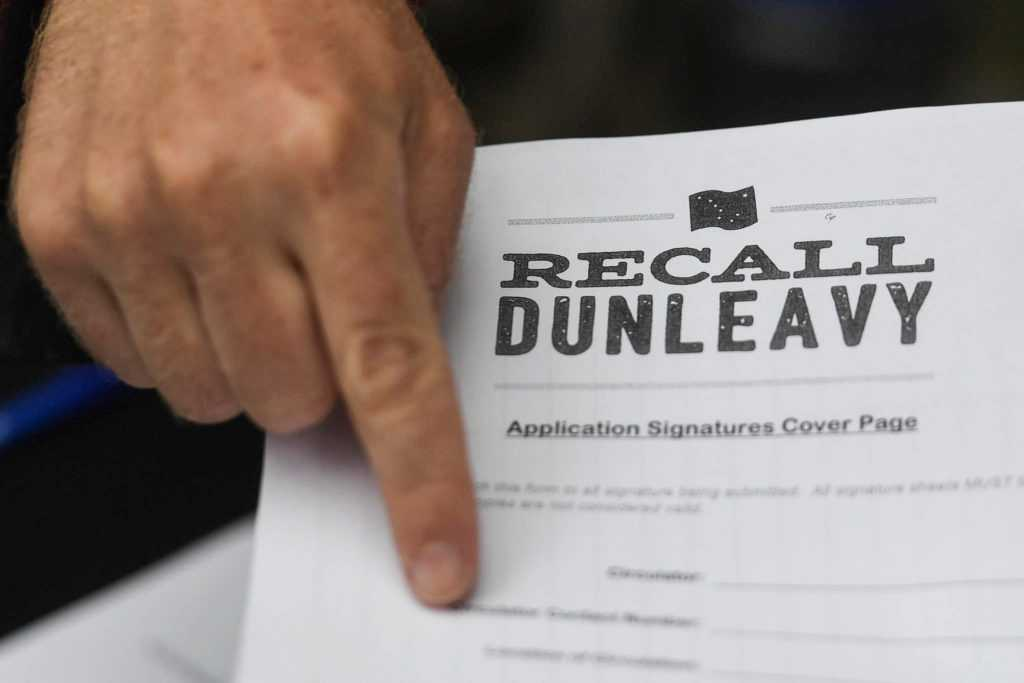 Recall Dunleavy campaign gears up for court