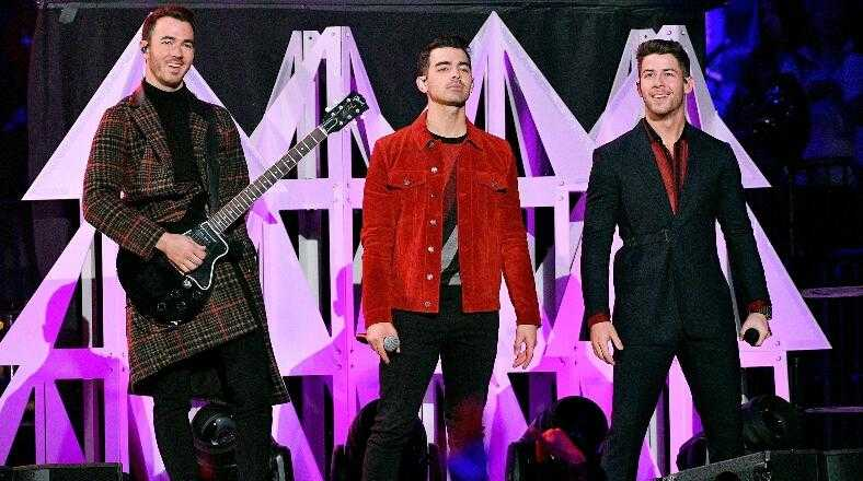 Jonas Brothers Announce New Song 'What A Man Gotta Do' Out Friday