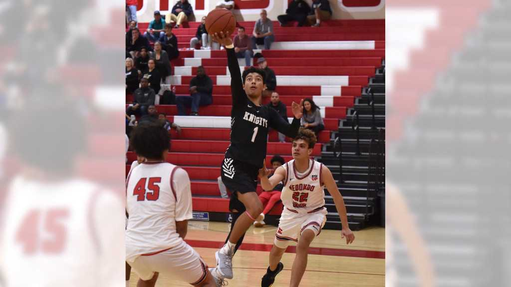 Bishop Montgomery basketball blows out Redondo as Jalen Vazquez continues his comeback with big night