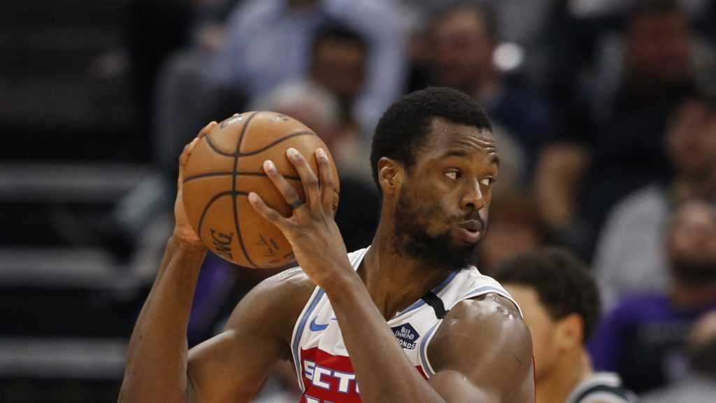 Harrison Barnes won't cut his hair or shave until Kings reach .500, so he's going to be hairy