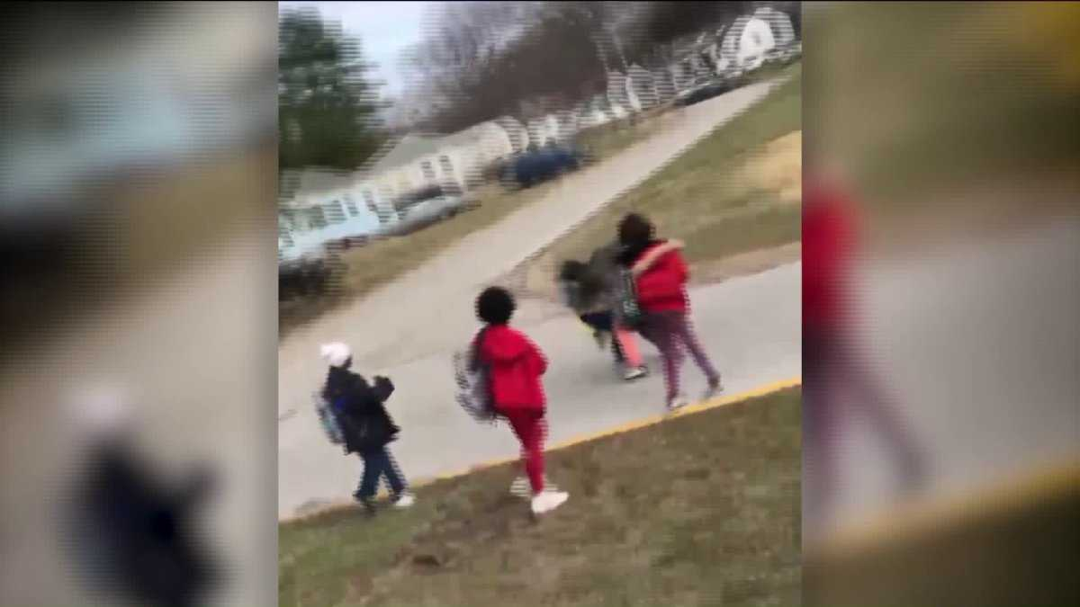 Missouri parent pulls gun on school bus; school administrators respond
