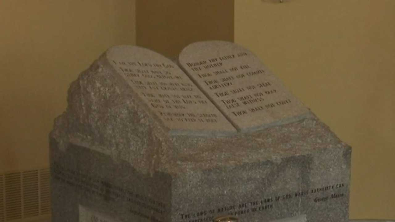 Monument returns to Montgomery after 17 years