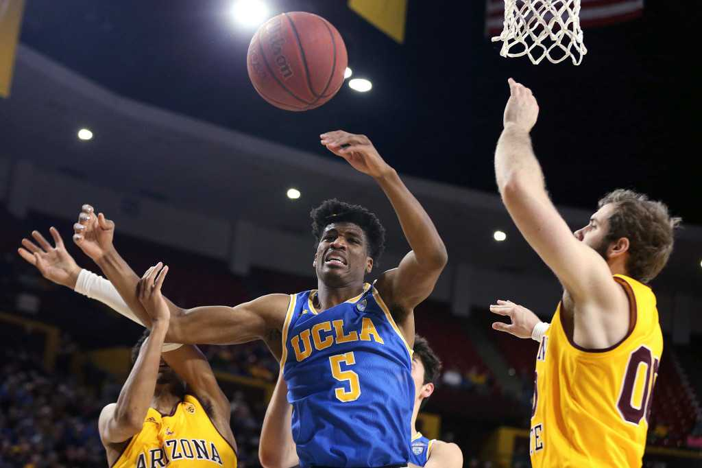 UCLA men's basketball works to avoid complacency in first Pac-12 rematch