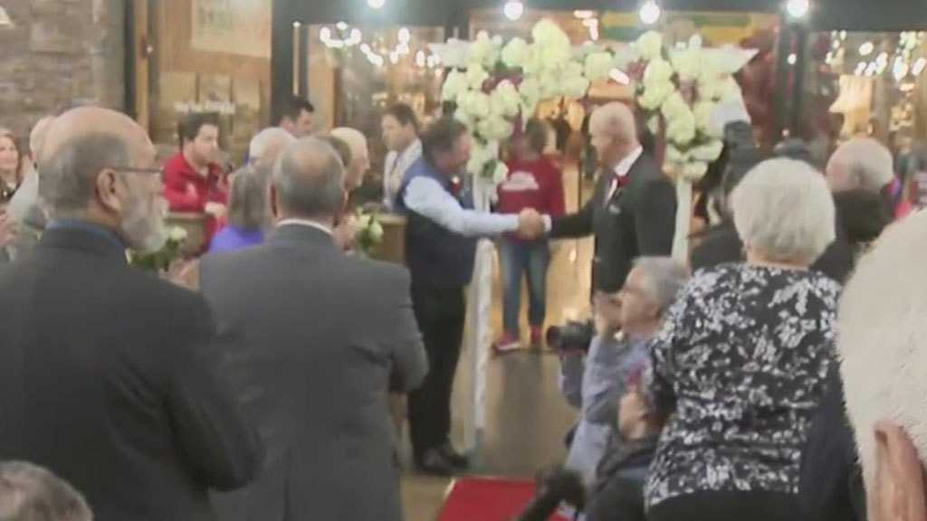 Dozens Of NJ Couples Renew Their Vows For Valentine's Day