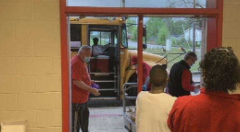 Carthage ISD uses school buses to deliver food to students