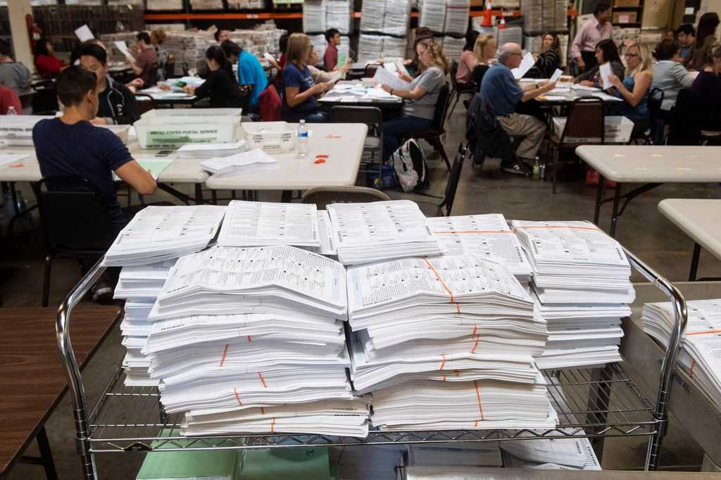 Coronavirus: All California voters may vote by mail in November