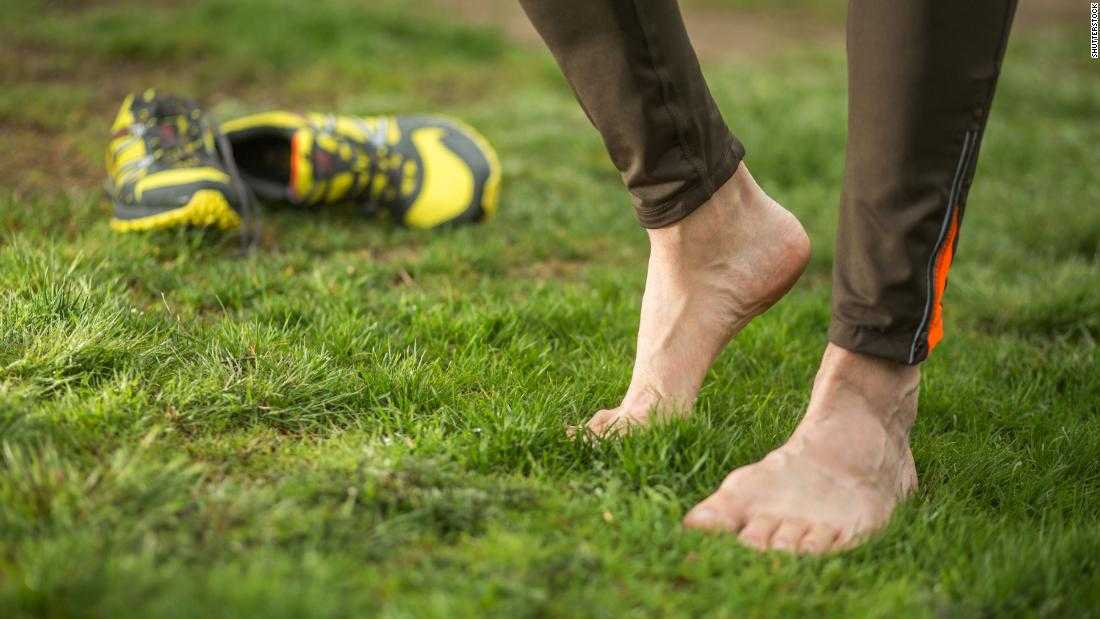 Barefoot running: Why you should consider it to prevent injuries