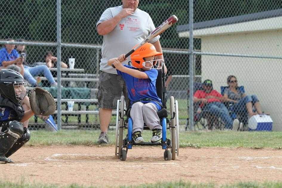 Carrie Gruel player determined to play baseball with spina bifida